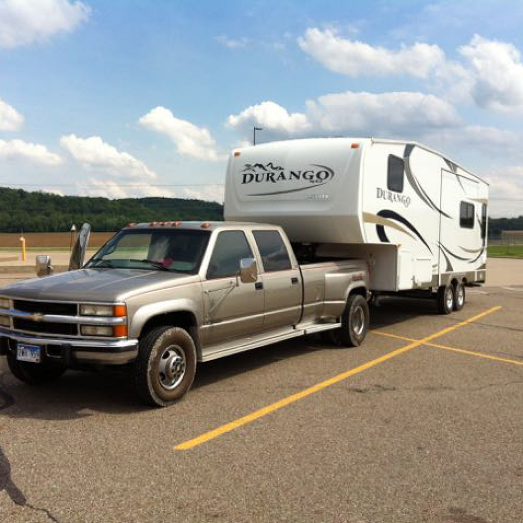45 feet of roadtripping luxury, and the dream turned to reality. May 27th, 2015 was the day we connected the two vehicles together in Coshocton, Ohio.