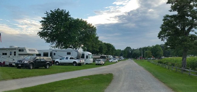RV Park near Shipshewana Indiana. Grandview Bend Family RV Park, Howe, Indiana.