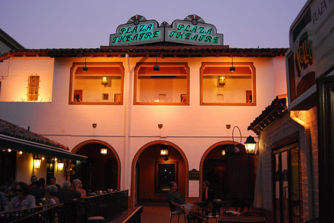 plaza-theatre-palm-springs